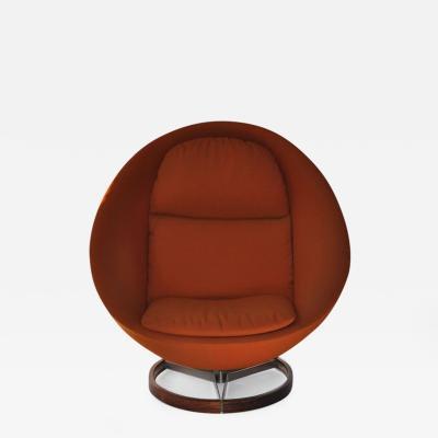Large Scale Scandinavian Lounge Chair