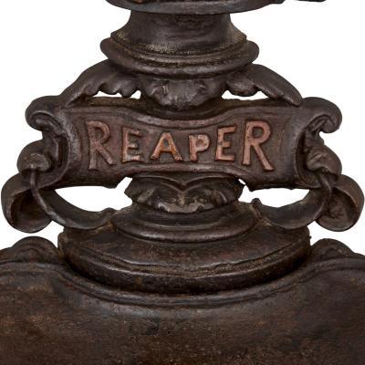 Late 19th Century English cast iron hallstand