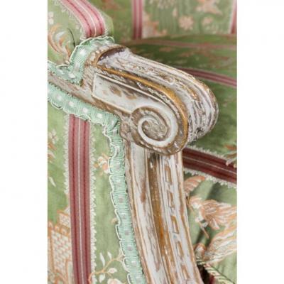 Louis XVI Painted Bergere