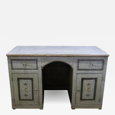 Lovely 18th C Tuscany desk