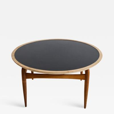 Ludvig Pontoppidan Round Oak Coffee Table Manufactured by Ludvig Pontoppidan