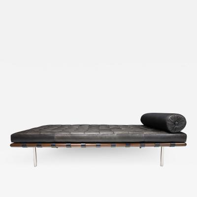 Ludwig Mies Van Der Rohe Mies van der Rohe for Knoll Barcelona Daybed in Black Leather