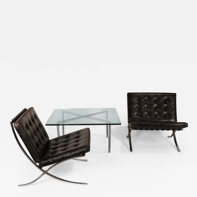 Ludwig Mies Van Der Rohe Museum Quality Ludwig Mies van der Rohe Barcelona Chairs with Table