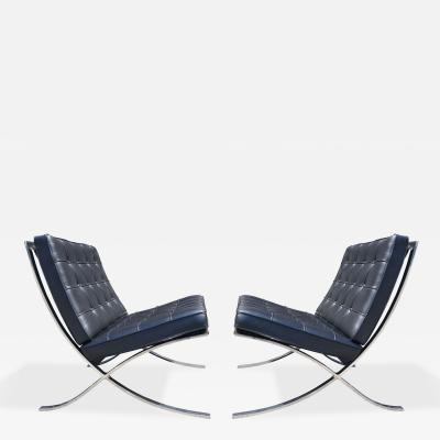 Ludwig Mies Van Der Rohe Pair of Black Leather Barcelona Chairs by Mies van der Rohe for Knoll