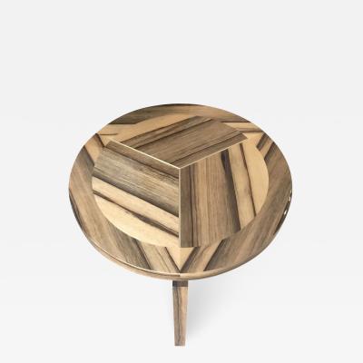 Lumio pedestal table