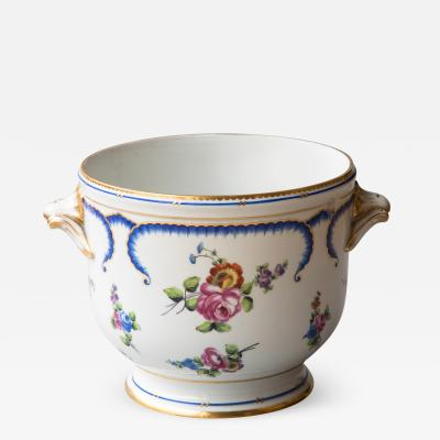 Manufacture Nationale de S vres 18TH CENTURY FRENCH SEVRES PORCELAIN WINE COOLER OR SEAU BOUTEILLE 1770