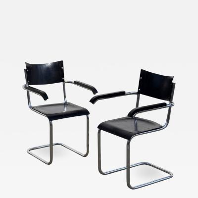 Mart Stam Pair of Chic Ebonized Modernist B43 Armchairs by Mart Stam for Thonet