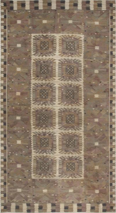 Marta Maas Fjetterstrom M rta M s Fjetterstr m Carnation Tapestry Weave