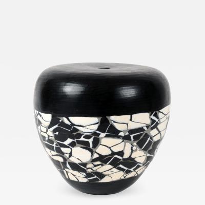 Massimo Micheluzzi Black and White Vase