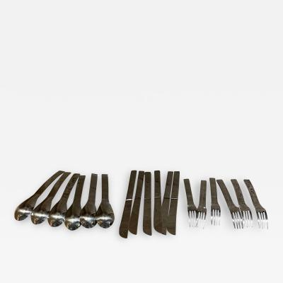 Massimo Vignelli SASAKI Modernist 18 Piece Service Set Table Flatware by Massimo Vignelli 1960s