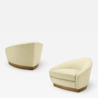 Michael Berman Gran Strato Swivel Lounge Chair