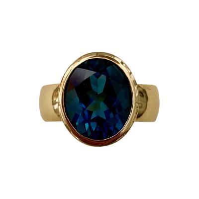 Michael Kneebone Michael Kneebone London Blue Topaz 18 Karat Gold Leah Ring