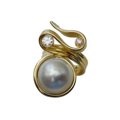 Michael Kneebone Michael Kneebone Paspaley South Seas Pearl Diamond Ribbon Candy Ring
