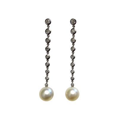 Michael Kneebone Michael Kneebone South Seas Pearl Diamond White Gold Dangle Earrings