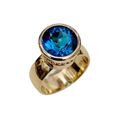 Michael Kneebone Michael Kneebone Swiss Blue Topaz 18 Karat Yellow Gold Leah Ring