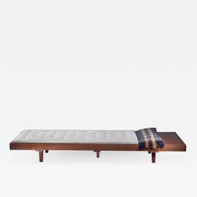 Mid Century Daybed with head table