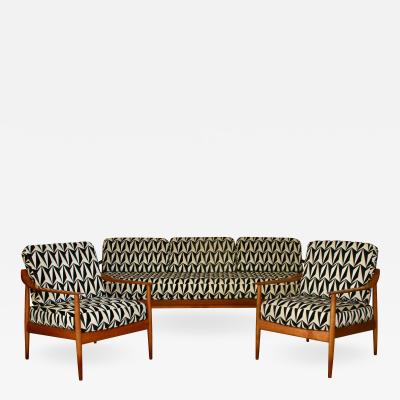Mid Century Seating Group by Walter Knoll Antimott Series