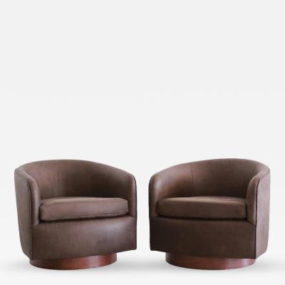 Milo Baughman Chocolate Leather Swivel Chairs in the style of Milo Baughman