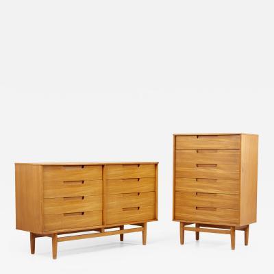 Milo Baughman Matched Pair of Milo Baughman Dressers for Drexel USA 1950s