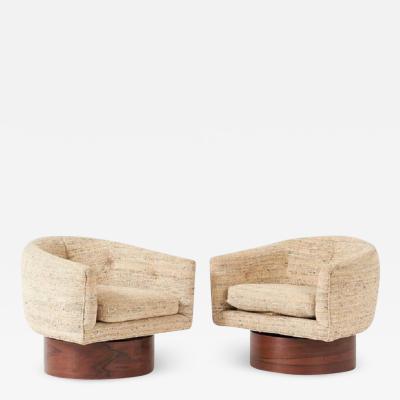 Milo Baughman Milo Baughman Rosewood Swivel Chairs