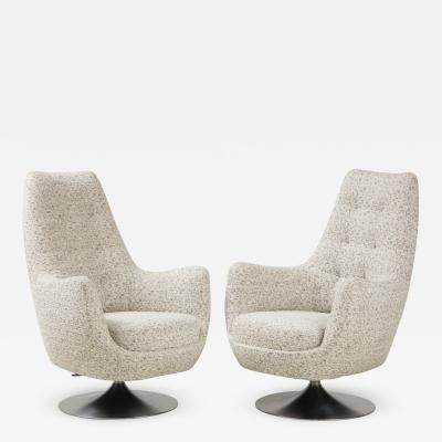 Milo Baughman Milo Baughman Swivel Club Chairs