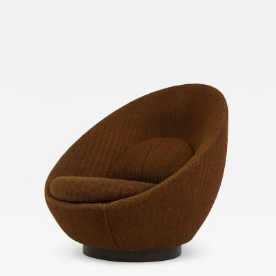Milo Baughman Milo Baughman Swivel Lounge Chair