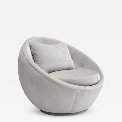 Milo Baughman Milo Baughman for Thayer Coggin Egg Chair in Light Gray Mohair