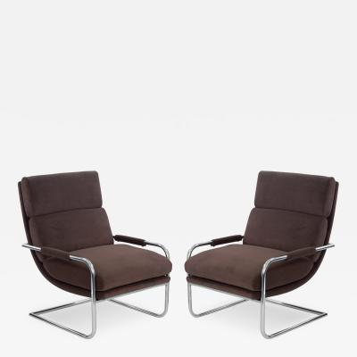 Milo Baughman Pair of Cantilevered Lounge Chairs by Milo Baughman