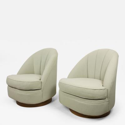 Milo Baughman Pair of Club Chairs by Milo Baughman for Thayer Coggin