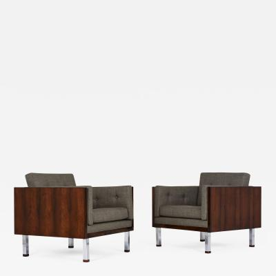 Milo Baughman Pair of Lounge Chairs by Milo Baughman