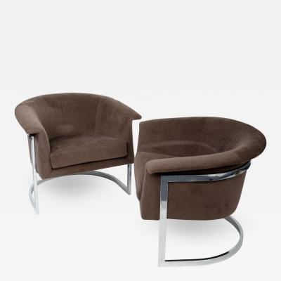 Milo Baughman Pair of Lounge Chairs in the style of Milo Baughman