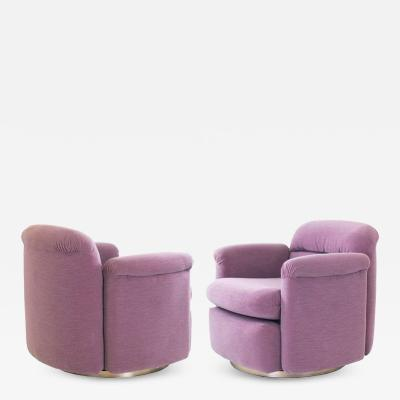 Milo Baughman Pair of Mauve Milo Baughman Swivel Chairs