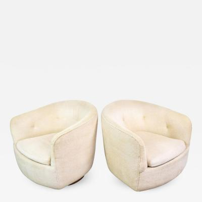 Milo Baughman Pair of Mid Century Modern Swivel Club Chairs by Milo Baughman for Thayer Coggin