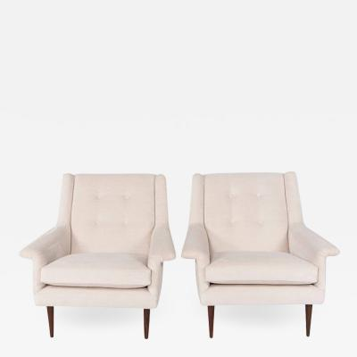 Milo Baughman Pair of Milo Baughman Lounge Chairs