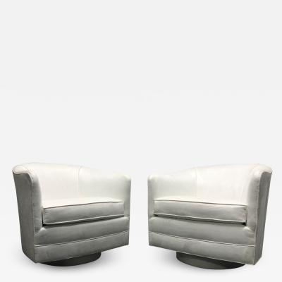 Milo Baughman Pair of Milo Baughman Style Swivel Lounge Chairs