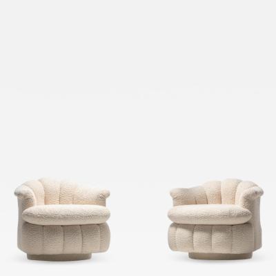 Milo Baughman Post Modern Ivory White Boucl Clam Shell Swivel Lounge Chairs