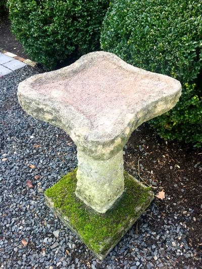 Mossy English Carved Stone Birdbath with Clover Shaped Bowl