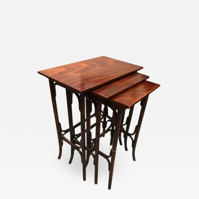 NESTING TABLES FA THANET