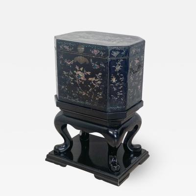 Nagasaki Shell Inlaid Lacquer Box on Later Stand Japan