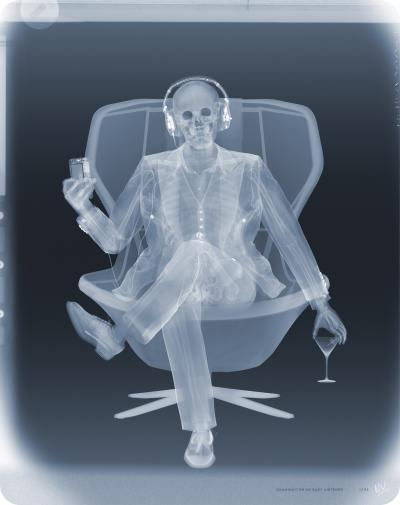 Nick Veasey Examination of Easy listener