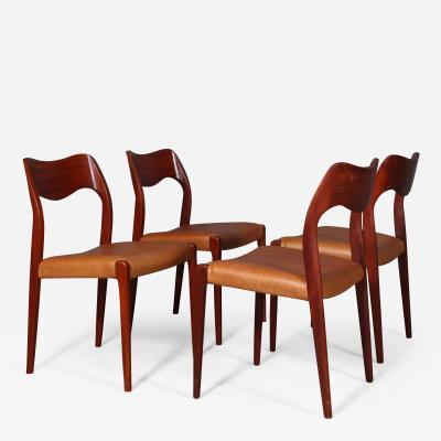 Niels Otto M ller Niels O M ller Four teak chairs model 71 4