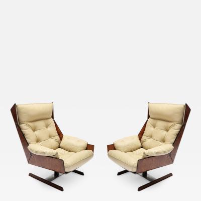 Novo Rumo Pair of Novo Rumo 1960s Brazilian Jacaranda Lounge Chairs