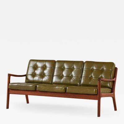 Ole Wanscher Sofa Model 116 Senator Produced by France Son