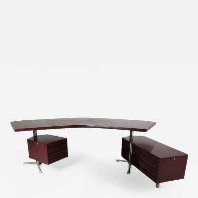 Osvaldo Borsani 1950s Executive Desk by Osvaldo Borsani for Tecno Milano Italy