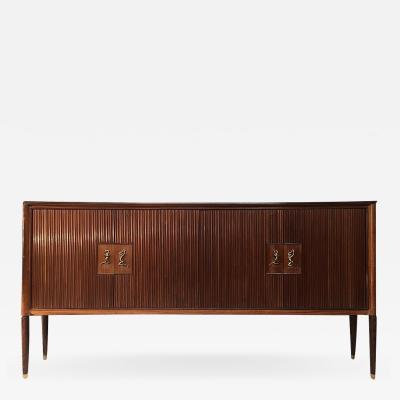 Osvaldo Borsani A large 1950s sideboard designed by Osvaldo Borsani for Arredamenti Borsani