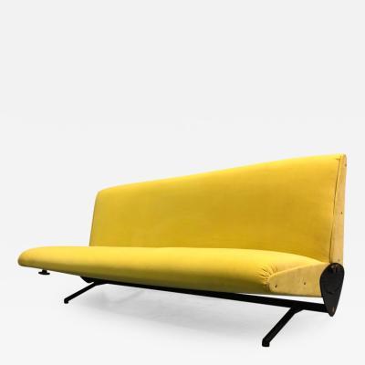 Osvaldo Borsani Italian Midcentury D 70 Sofa Bed by Osvaldo Borsani Tecno New Upholstery
