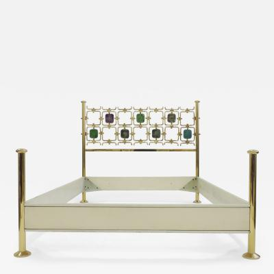 Osvaldo Borsani Osvaldo Borsani and Arnaldo Pomodoro Double Bed Model No 8604 Italy 1962
