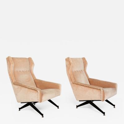 Osvaldo Borsani Osvaldo Borsani for Tecno Italian Vintage Armchairs Modern Italy 1950s a pair