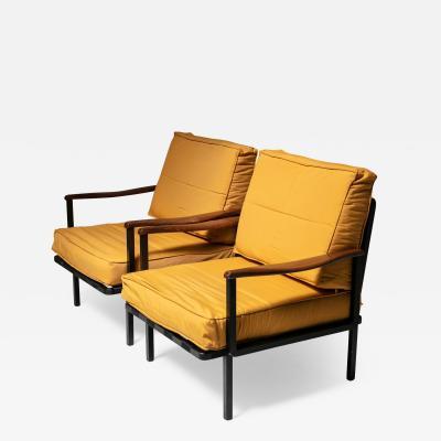 Osvaldo Borsani Rare Pair of Lounge Chairs Model P24 by Osvaldo Borsani for Tecno