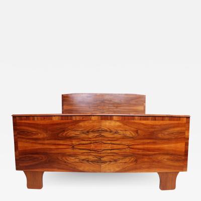Osvaldo Borsani Swirled Italian Exotic Wood Bed Sculpted Legs Osvaldo Borsani Style 1950s ITALY